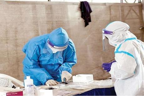 بريطانيا: 10 وفيات و 7673 إصابة جديدة بكورونا