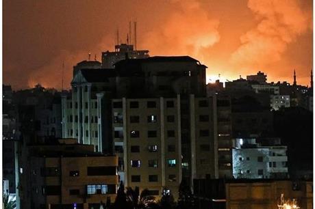 زوارق الاحتلال تقصف مناطق في غزة