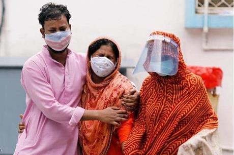 الهند تسجل أدنى حصيلة يومية بإصابات كورونا منذ شهر ونصف