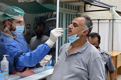 وفاة و99 إصابة جديدة بكورونا في فلسطين