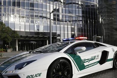 تفاصيل القبض على 'أخطر محتال إلكتروني' بالعالم في الإمارات واعترافات مثيرة